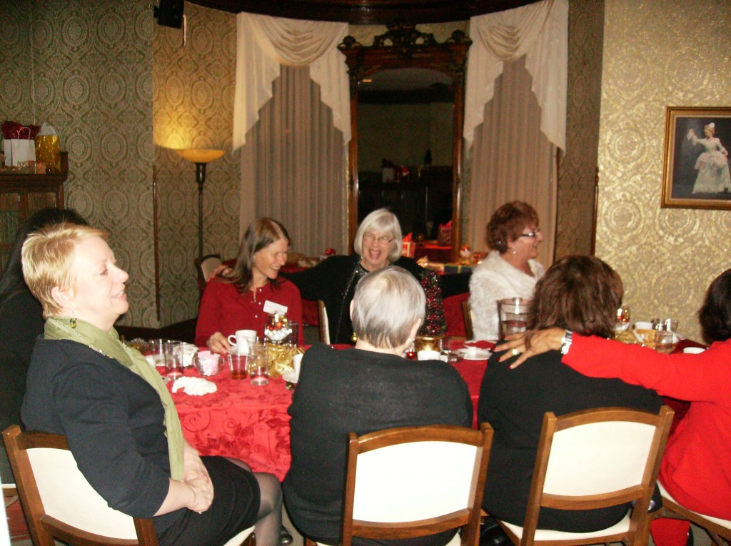 AAUW-Holiday-Party-2012-0111-1024x765